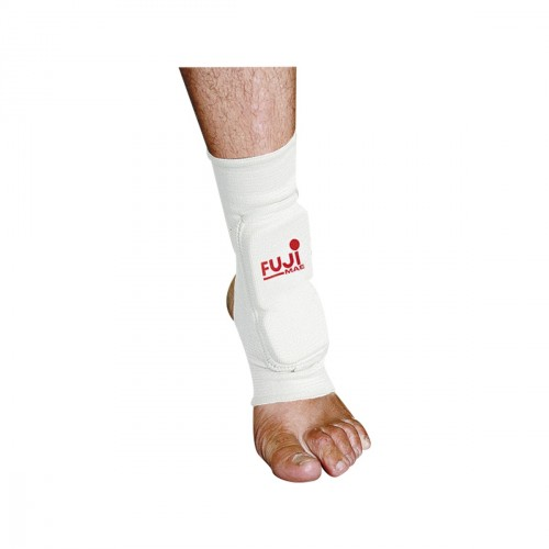 Elastic ankle guard with frontal protection.