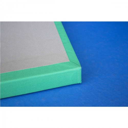 Matt. Vinyl. 2x1x0'04 m. Density 230. With anti-slip
