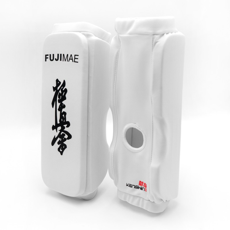 Kenshin Kyokushin Full Knee Guards